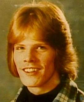 a biography of jeffrey lionel dahmer an american serial killer Jeffrey dahmer, sometimes nicknamed the milwaukee cannibal, was an american necrophilic, ephebophilic, and pedophilic, serial killer, cannibal, serial rapist.