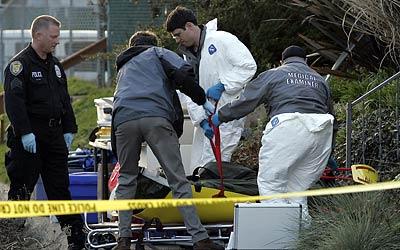 Il massacro della capitol hill - Arma letale scena bagno ...
