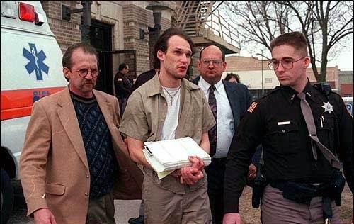 http://murderpedia.org/male.L/images/lotter-john/john-lotter-4.jpg