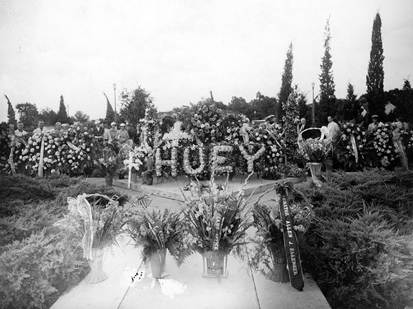 Grave site Huey Long