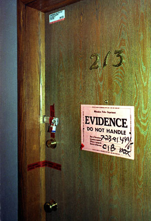 Of Apt 213 In The Oxford Apartments After They Found 11 Ed Victims Occupant Dahmer On Premises Photo By Taro Yamasaki Time Life